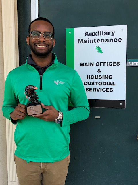 UNT Facilities Maintenance Technician, Raylon Dukes, recieves recognition from Division of Student Affairs as the New Service Provider of the Year.